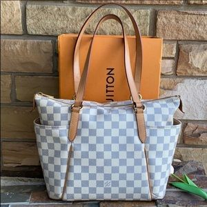 🔥Authentic Louis Vuitton🔥